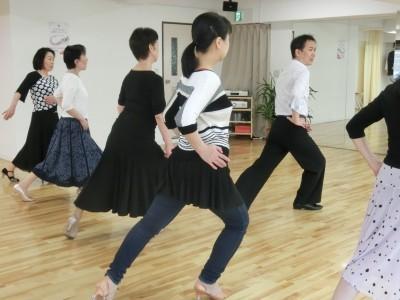 社交ダンスの基本