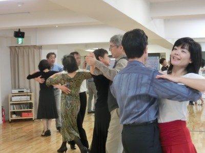 社交ダンス団体レッスン